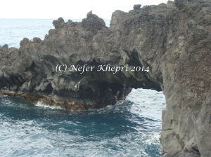 Natural archway at Black Sand Beach, Maui.  Copyright Nefer Khepri, 2014.